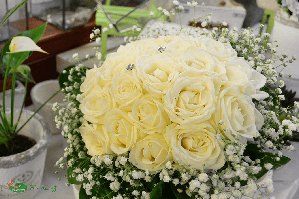 滿天星純白婚禮捧花|給您最好的婚禮回憶|新娘捧花首選
