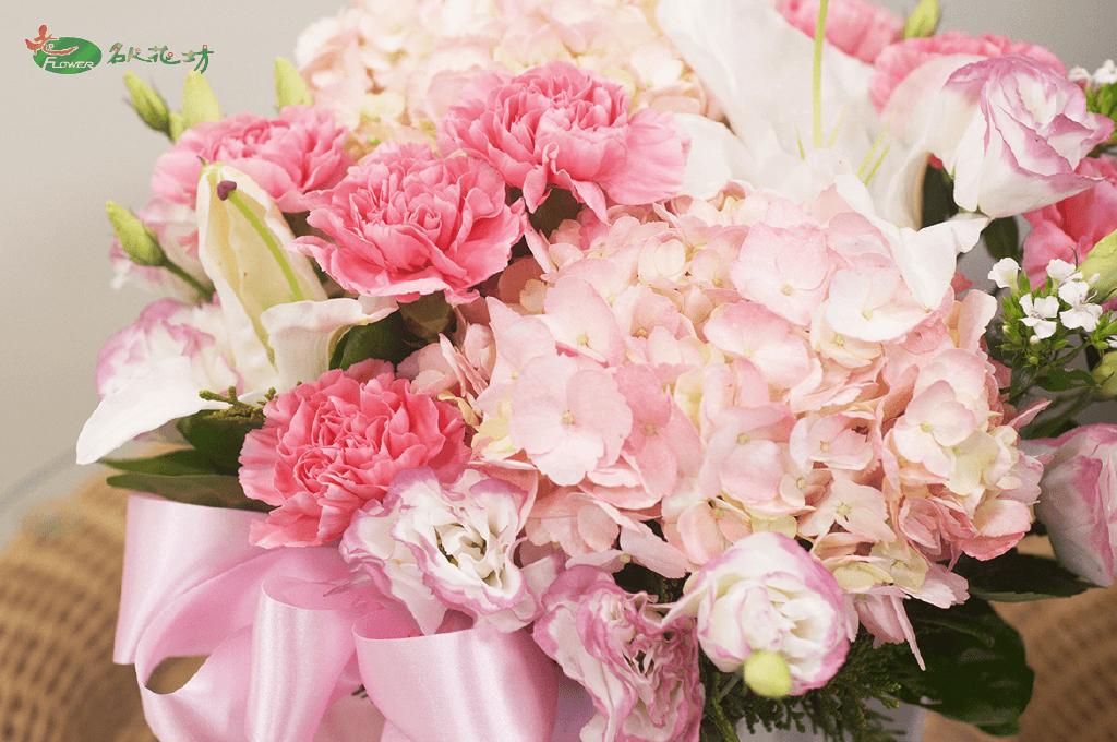 母親節花束推薦|母親節買花送媽媽|網路訂購超便利|母親節送花選名人花坊